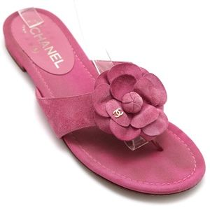 CHANEL Suede Leather Camellia Thong Sandal Pink 39